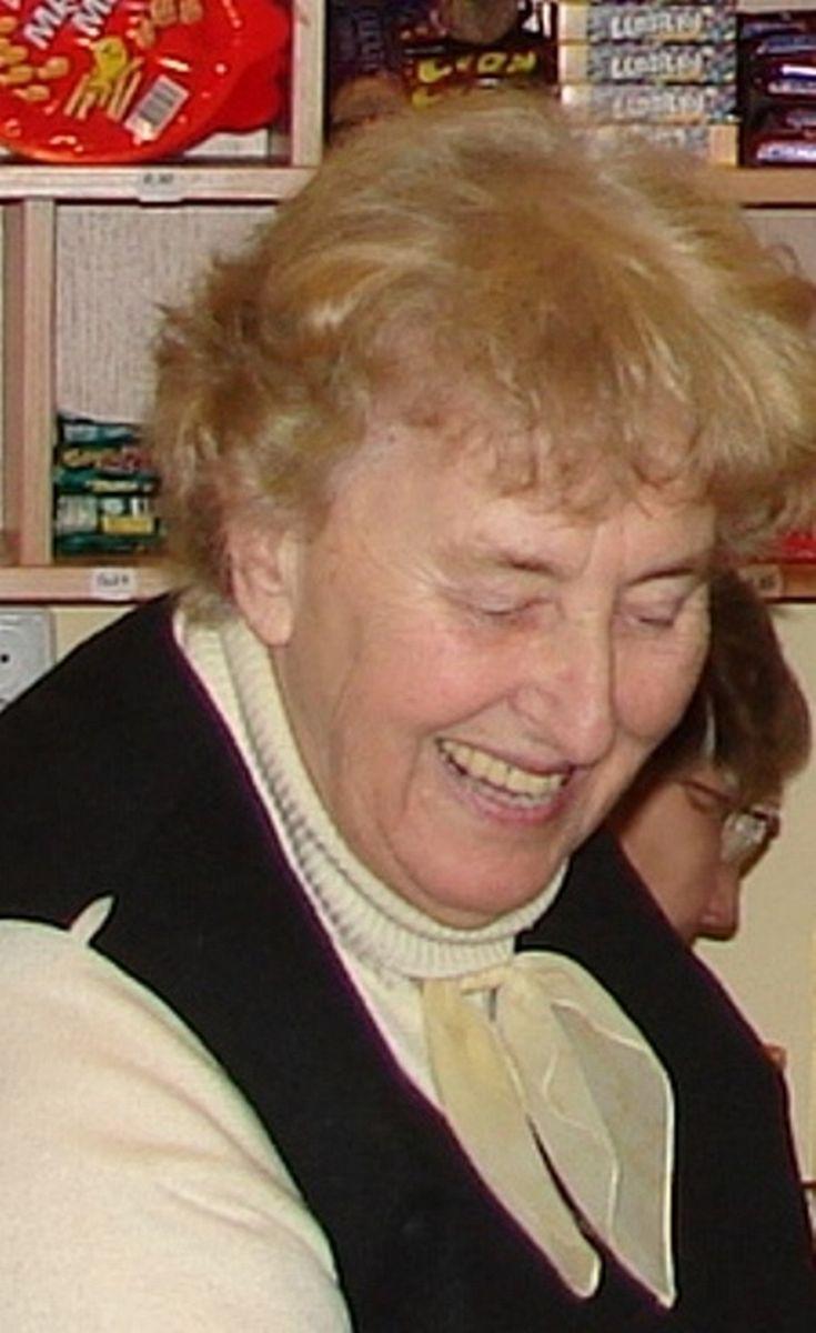 Petrikovicova-2012-02