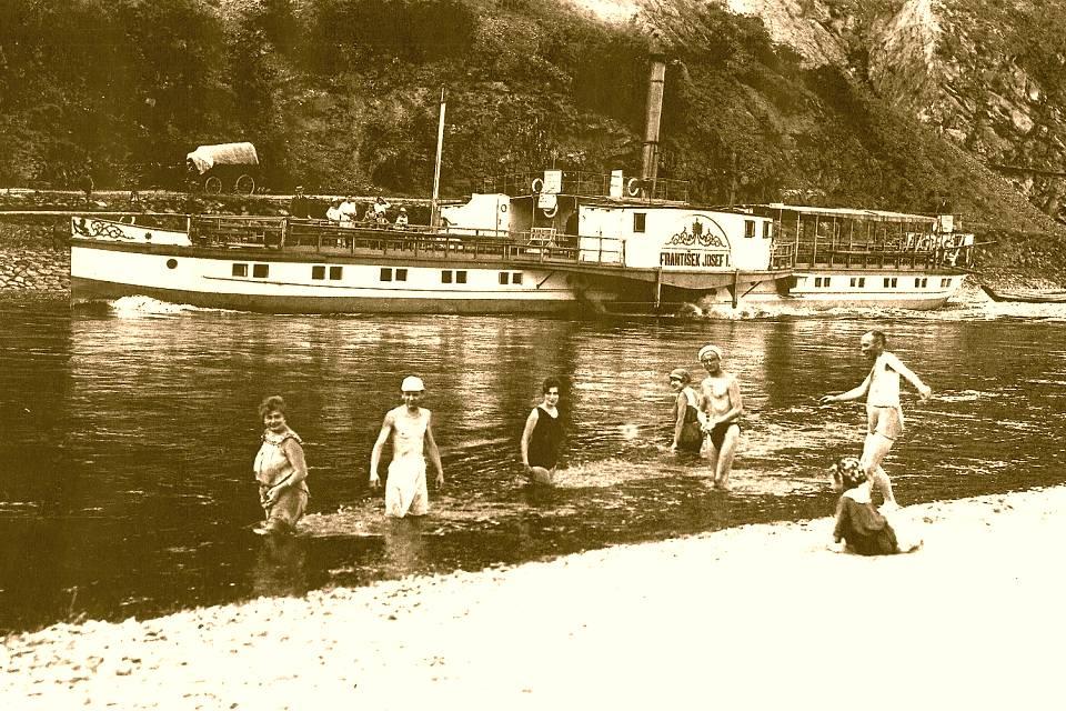 Pražská společnost pro paroplavbu na řece Vltavě vznikla před 155 lety